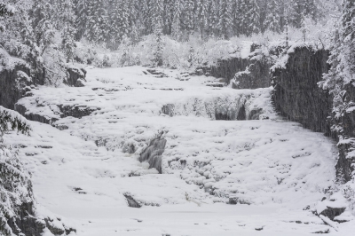 Norway, Snow mountains, Henfallet waterfall_16